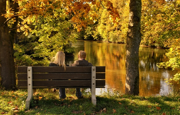 Картинка осень, парк, девушки, настроение, дружба, прогулка, парни