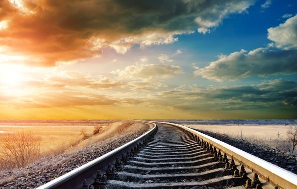 Картинка небо, облака, пейзаж, рельсы, день, железная дорога, красивое, landscape, тёплый, tracking, Railway
