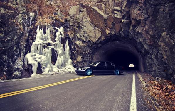 Картинка Дорога, Осень, BMW, Бумер, БМВ, Тунель, Диски, E38, Bimmer