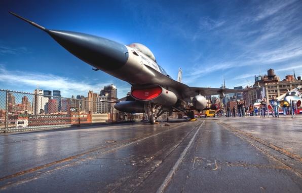 Картинка Город, Самолет, Истребитель, День, Нью Йорк, ВВС, Многоцелевой, Одноместный, Авианосец, F 16, F 16A