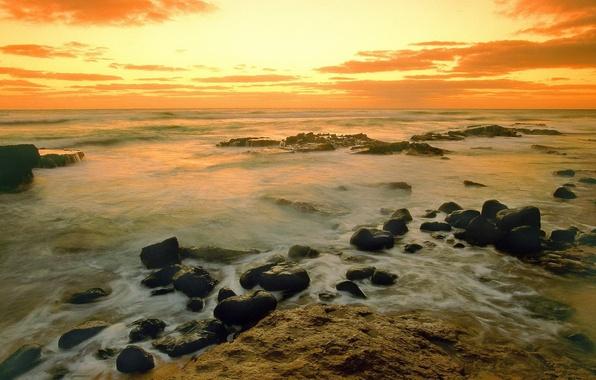 Картинка море, вода, облака, закат, камни, берег