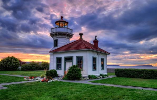 Картинка закат, цветы, побережье, маяк, Вашингтон, кусты, Washington, клумбы, газоны, Clinton, Tulalip Bay, Клинтон, Mukilteo Lighthouse