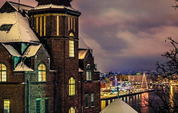 Картинка зима, свет, снег, город, дом, здание, окна, вечер, Стокгольм, Швеция, Sweden, праздники, Stockholm