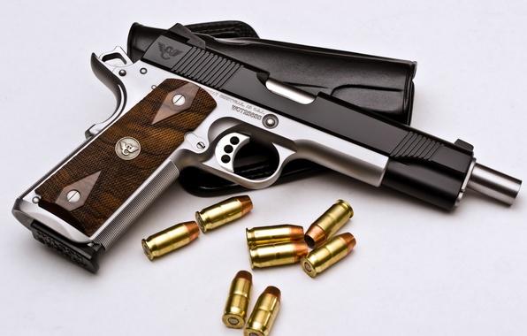 Картинка пистолет, оружие, патроны