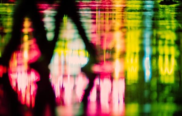 Картинка макро, свет, фон, люди, widescreen, обои, ноги, человек, размытие, силуэт, wallpaper, фигуры, разное, широкоформатные, background, …