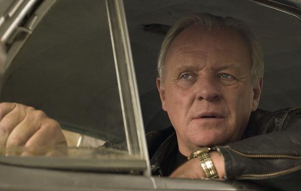 Картинка взгляд, лицо, фон, фильм, мужчина, актёр, в машине, Энтони Хопкинс, The World's Fastest Indian, Самый …