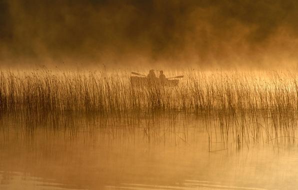 Картинка пейзаж, природа, река, люди, лодка, камыш, rivers, people, lakes, fog