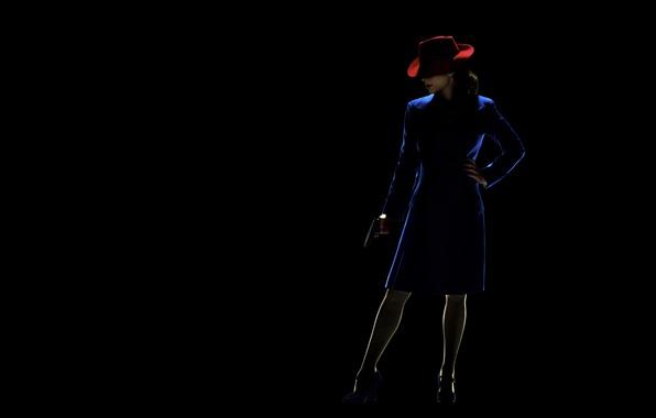 Картинка девушка, синий, поза, пистолет, оружие, фантастика, юбка, шляпа, помада, освещение, костюм, туфли, сериал, агент, черный ...
