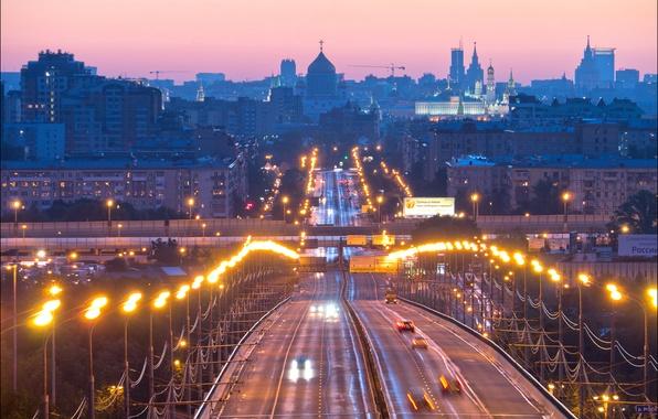 Картинка дорога, мост, огни, дома, вечер, фонари, Москва, Россия