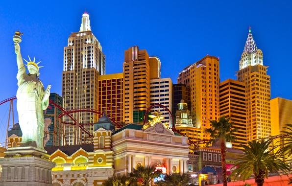 Картинка небо, свобода, огни, пальма, игра, Нью-Йорк, Лас-Вегас, статуя, сша, азарт, казино