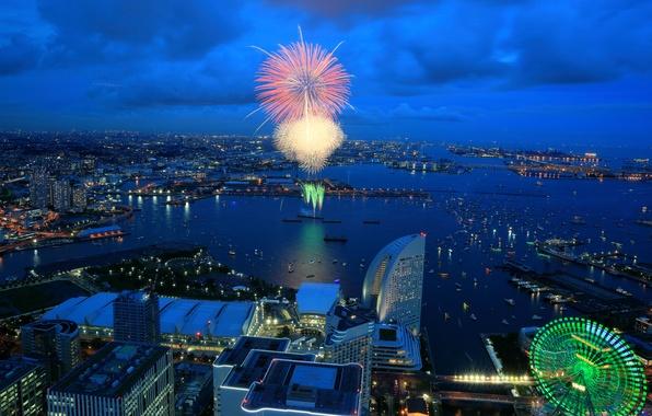 Картинка море, ночь, город, огни, дома, бухта, салют, Япония, колесо обозрения, фейерверк, Иокогама
