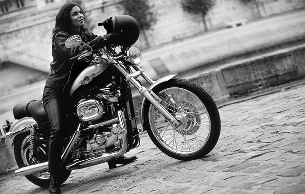 Картинка девушка, мотоцикл, шлем, байк, Harley davidson