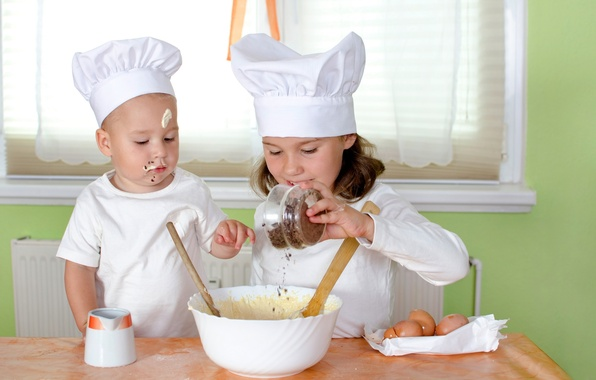 Картинка стол, яйца, мальчик, малыш, кухня, девочка, чашка, girl, ребёнок, крем, cup, boy, baby, eggs, spoon, …
