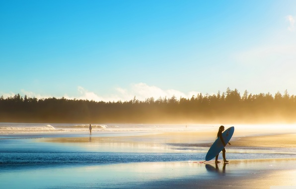 Картинка waves, girl, forest, sky, trees, sea, landscape, Beach, nature, water, people, sunrise, surf, sports, mist, …