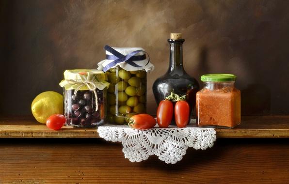 Картинка стол, фон, бутылка, посуда, овощи, цитрусы, салфетка, консервирование