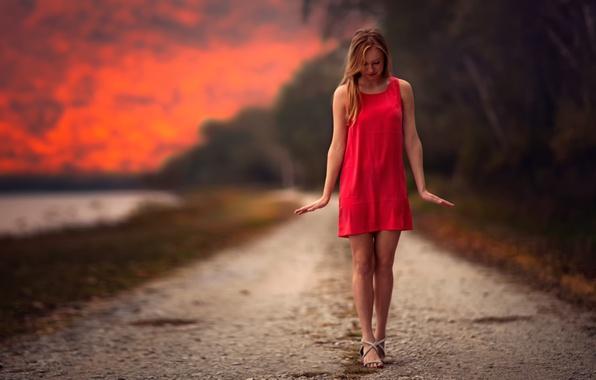 Картинка девушка, ножки, в красном, Balance Of Red