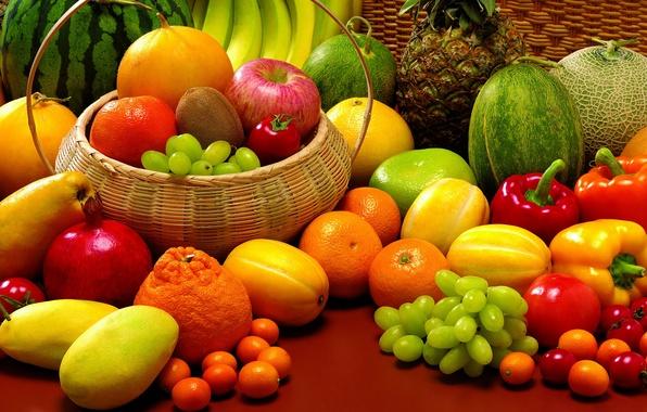 Картинка арбуз, виноград, бананы, фрукты, ананас, натюрморт, овощи, помидоры, гранат, мандарины, паприка, крзинка, дыни, кумкваты
