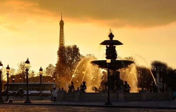 Картинка эйфелева башня, france, ВОДА, НЕБО, КАПЛИ, БРЫЗГИ, ЗАКАТ, ФОНАРИ, ФОНТАН, СТРУИ, PARIS, ФРАНЦИЯ, ПАРИЖ