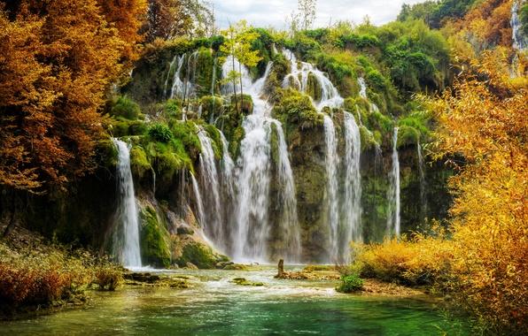 Картинка осень, скала, озеро, водопад, Хорватия, Plitvice National Park