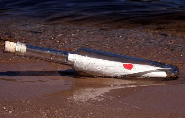 Картинка море, письмо, вода, любовь, фон, обои, настроения, сердце, бутылка, размытие, wallpaper, записка, сердечко, широкоформатные, background, …
