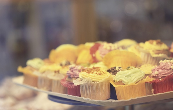 Картинка макро, тарелка, пирожное, крем, разные, сладкое, посыпка