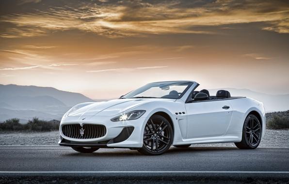 Картинка Maserati, Дорога, Белый, Машина, Кабриолет, Мазерати, Car, Автомобиль, Cars, White, Road, GranCabrio