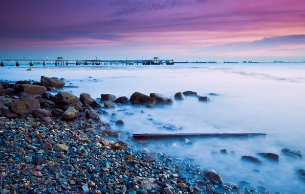 Картинка море, небо, облака, закат, мост, камни, сиреневый, берег, побережье, вечер, Сингапур, сумерки, twilight, Малайзия, Singapore, …