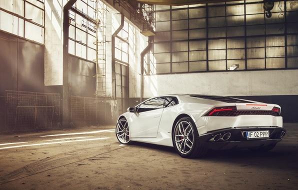 Картинка Lamborghini, White, Supercar, 2014, Rear, Huracan, LP610-4