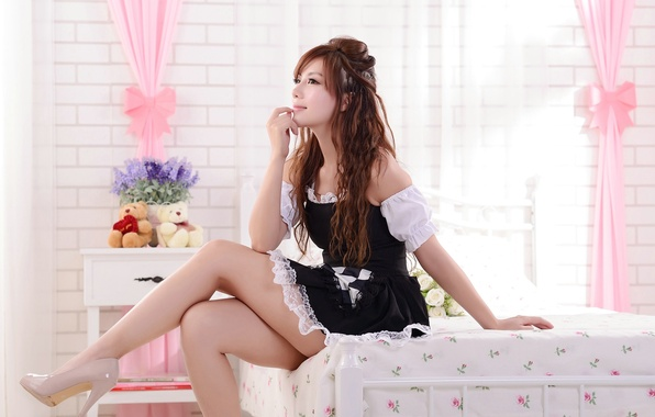 Картинка девушка, ноги, платье, girl, ножки, азиатка, asian, кровать.