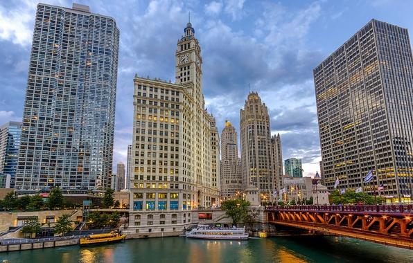 Картинка мост, река, здания, корабли, Чикаго, Chicago, Illinois, набережная, небоскрёбы, теплоход, Cityfront Center