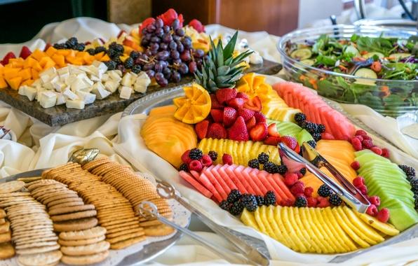 Картинка ягоды, малина, арбуз, сыр, киви, клубника, виноград, фрукты, манго, ананас, ежевика, салат, ассорти, галеты
