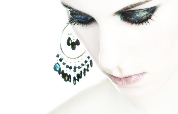 Картинка девушка, лицо, стиль, портрет, серьги, макияж