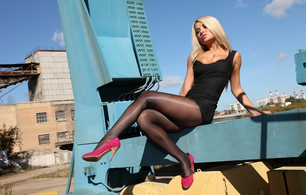 Блондинке в колготках вдули по фото 402-955