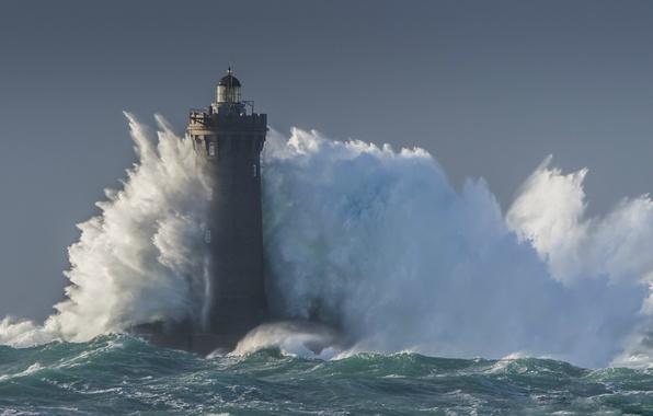 Картинка море, шторм, волна, маяк, storm, sea, blue, wave, lighthouse