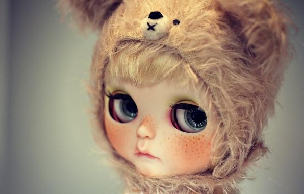 Картинка грусть, глаза, взгляд, шапка, кукла, веснушки