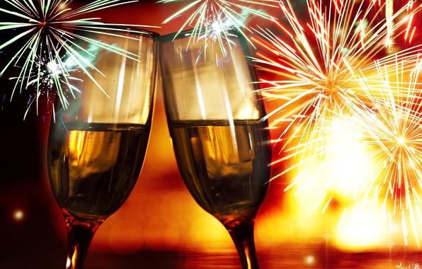 Картинка Новый Год, бокалы, Рождество, напиток, шампанское, Christmas, фейерверки, праздники, New Year, салюты