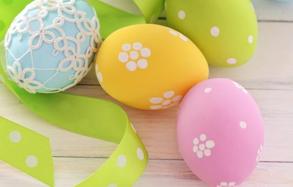 Картинка праздник, яйца, весна, желтые, голубые, зеленые, Пасха, лента, розовые, Easter, пасхальные