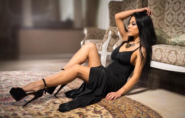 Картинка legs, model, brunette, black dress, heels, Marina Shimkovitz