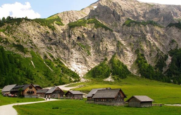Картинка дорога, зелень, лес, лето, природа, скала, гора, дома