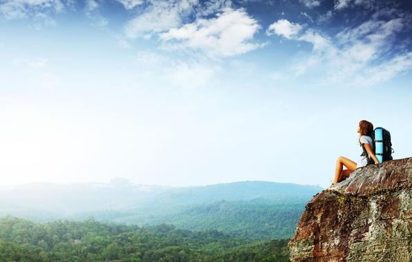 Картинка лес, небо, свобода, девушка, деревья, настроение, высота, гора, панорама, путешествие, туризм, лёгкость, утёс, highness cliff, …