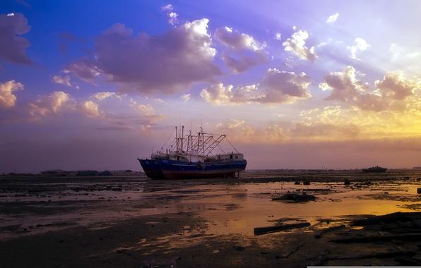 Картинка закат, корабль, мель