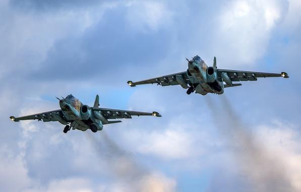 """Картинка пара, полёт, штурмовик, дозвуковой, бронированный, """"Грач"""", Sukhoi Су-25"""