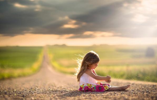 Картинка дорога, солнце, платье, простор, девочка, ребёнок, боке