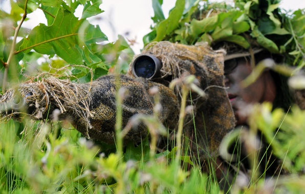 Картинка трава, засада, маскировка, снайпер, прицел, винтовка