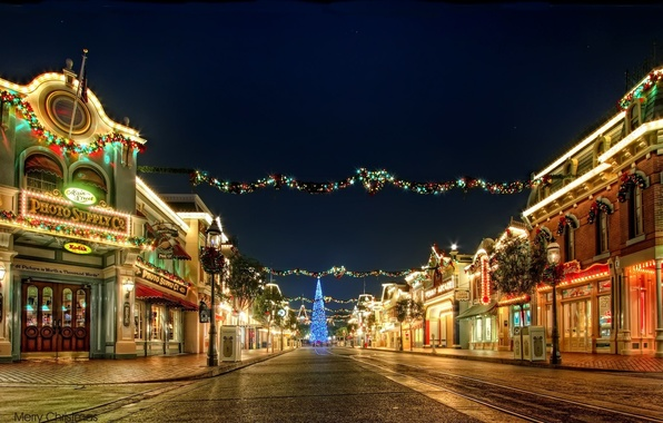 Картинка свет, украшения, ночь, город, праздник, улица, елка, новый год, огоньки, фонари, гирлянда