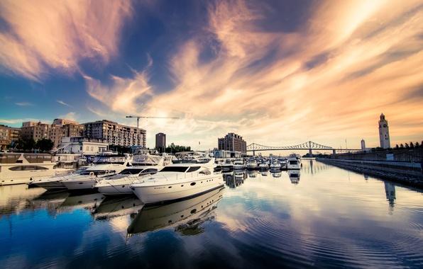 Картинка небо, мост, город, река, здания, дома, яхты, катера