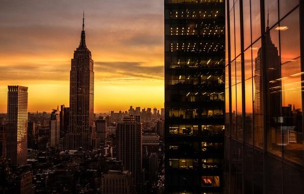 Картинка солнце, отражение, восход, Нью-Йорк, США, небоскрёбы, Manhattan, огни.утро, Манхэ́ттен