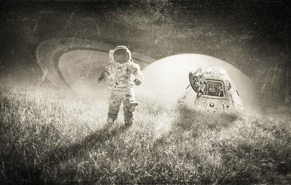 Фото обои звезды, трава, небо, поле, ночь, фантастика, капсула, планета, астронавт, черно-белое, свет, скафандр, креатив