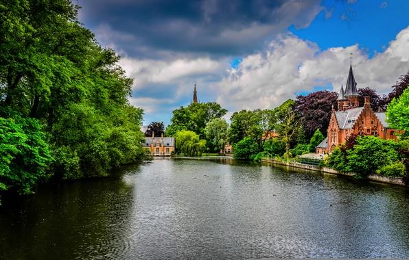Картинка зелень, небо, деревья, тучи, природа, город, парк, река, замок, здания, канал, Бельгия, архитектура, Belgium, Брюгге, …