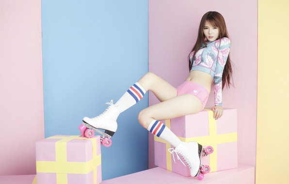 Картинка взгляд, девушка, ролики, ножки, азиатка